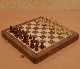 Magnetic Wooden Travel Chess Set